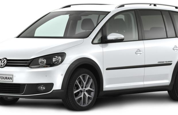 VW Cross Touran mit weißer Weste und Parkassistent