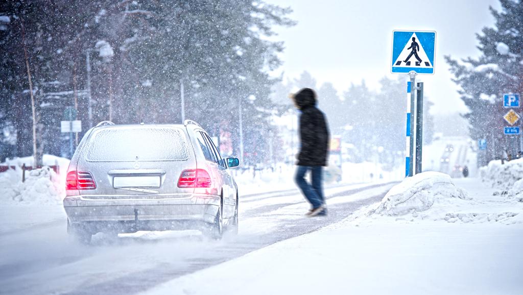 Verkehrssituationen bei widrigen Wetterverhältnissen erfordern gute Reifen.