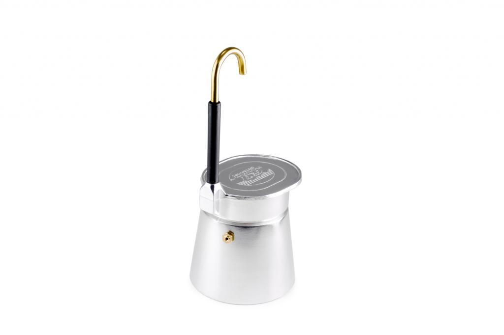 Wer unterwegs lieber einen Espresso genießen will, nimmt den Aluminium Espresso von GSI (37,50 Euro) aus Glacier-Edelstahl