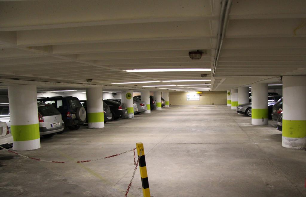 ADAC testet 60 Parkhäuser