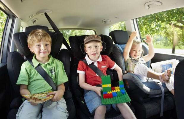 Auto-Ablenkungen - Gefährliche Mitfahrer