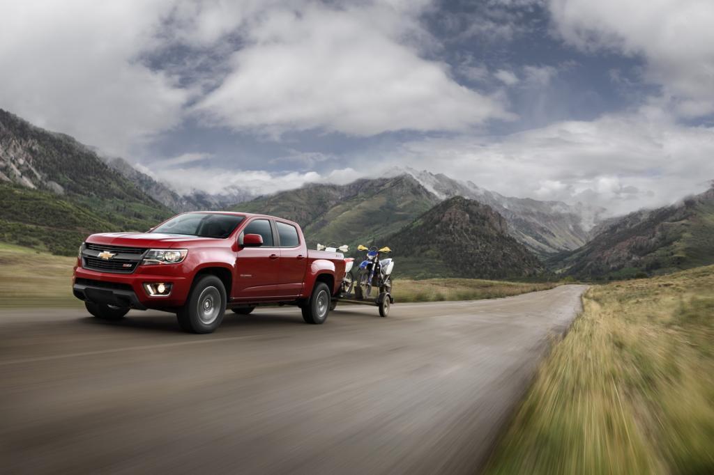 Chevrolet wagt sich unterdessen zurück in das Feld der mittelgroßen Pickups und kommt mit dem Nachfolger des 2012 eingestellten Colorado nach Los Angeles.