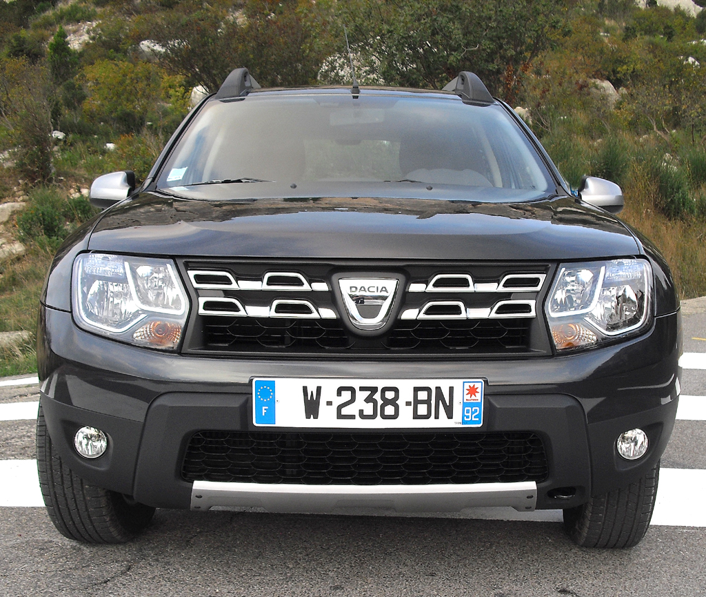 Dacia Duster: Blick auf die Frontpartie.