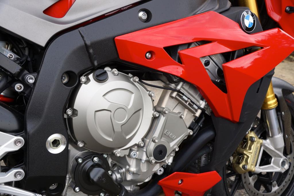 Der Motor des Naked Bikes BMW S 1000 R