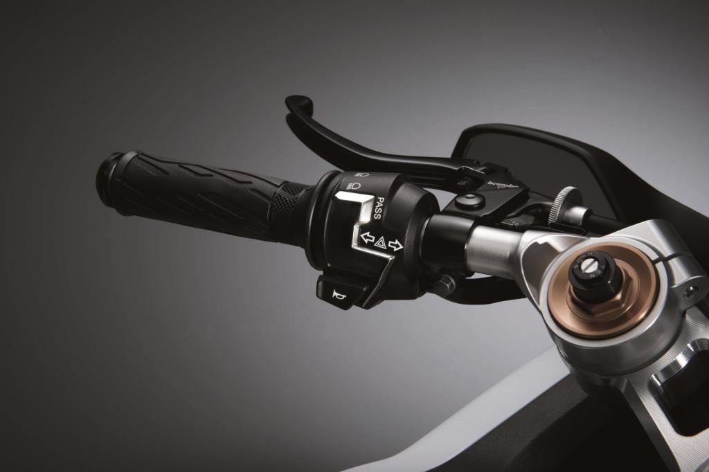Die Ausstattung mit einem Turbolader soll dabei kompakte Abmessungen mit einem hohen Drehmoment und der Leistung eines wesentlich größeren Motors kombinieren.