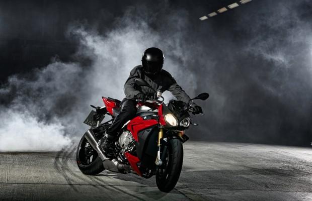 Eicma 2013: Aus BMWs Superbike wird ein Roadster