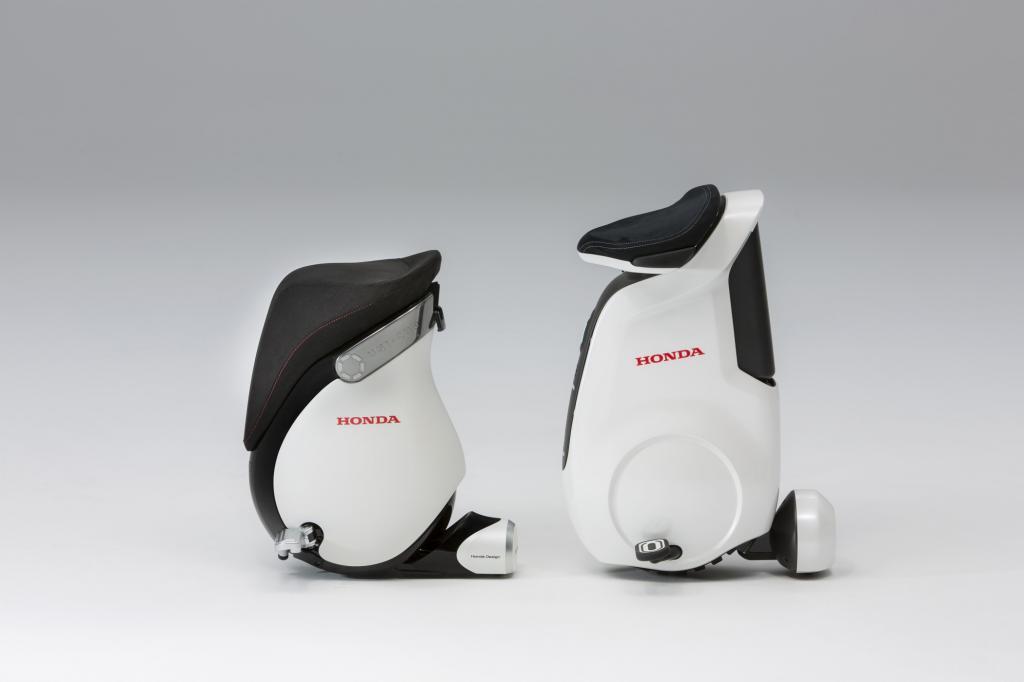 Elektrisch fahrender Honda-Hocker - Einmal ins Chefbüro bitte