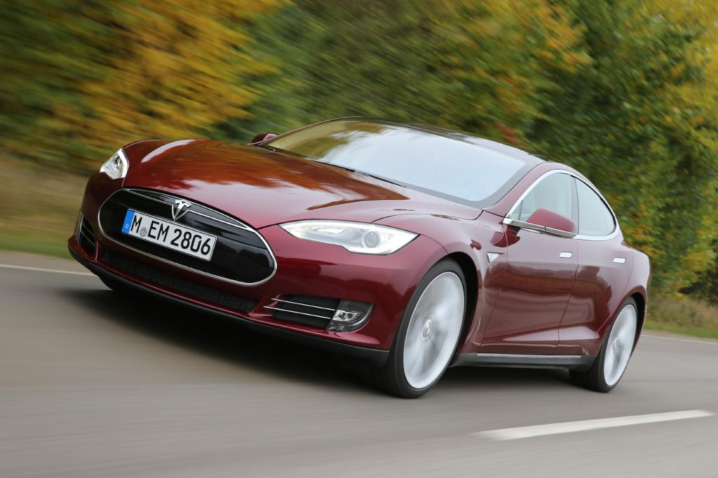Elektroauto Tesla S - Dritter Fahrzeugbrand