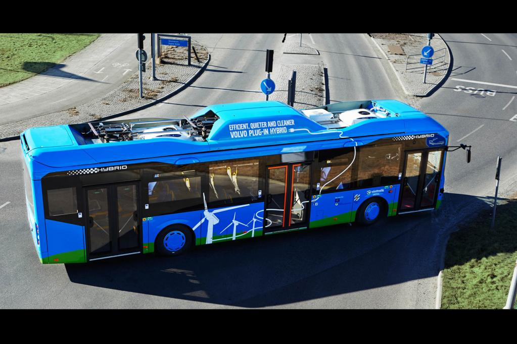 Erfolgreiche Hybridbus-Strategie von Volvo