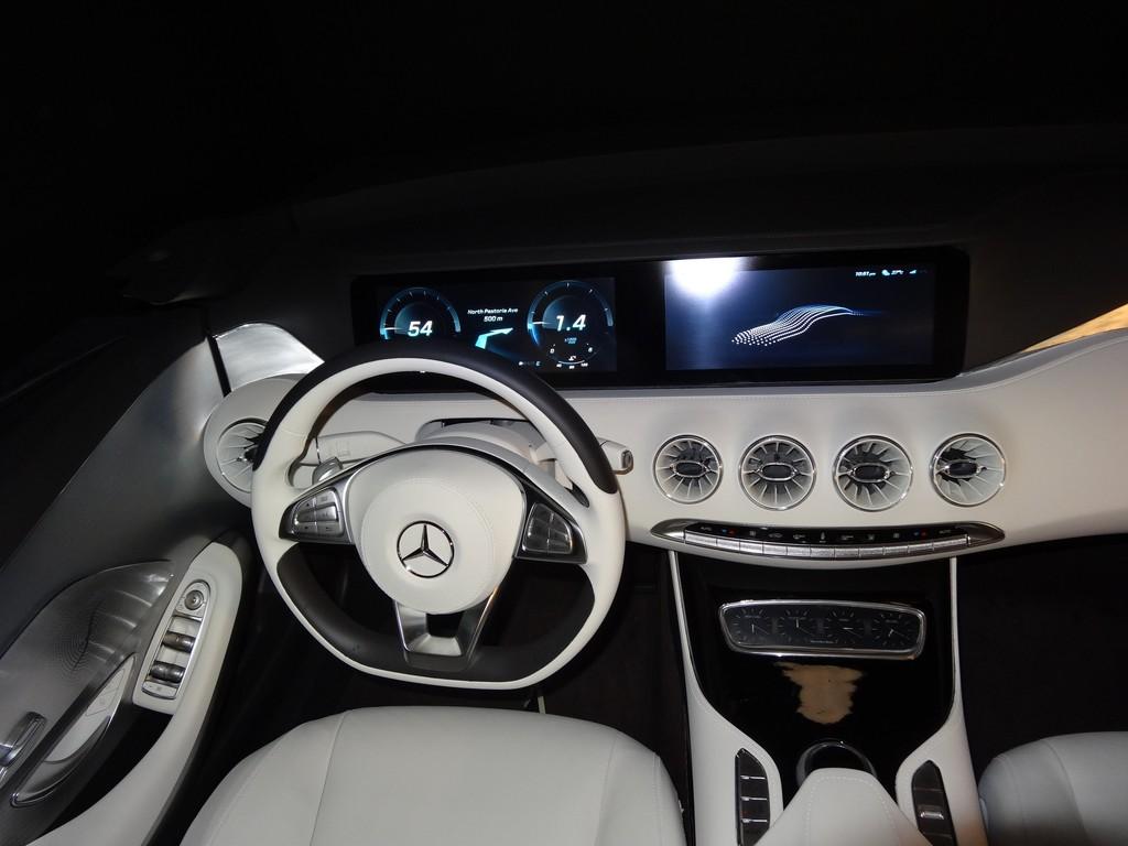 Exklusiv: App in die schöne neue Auto-Welt!