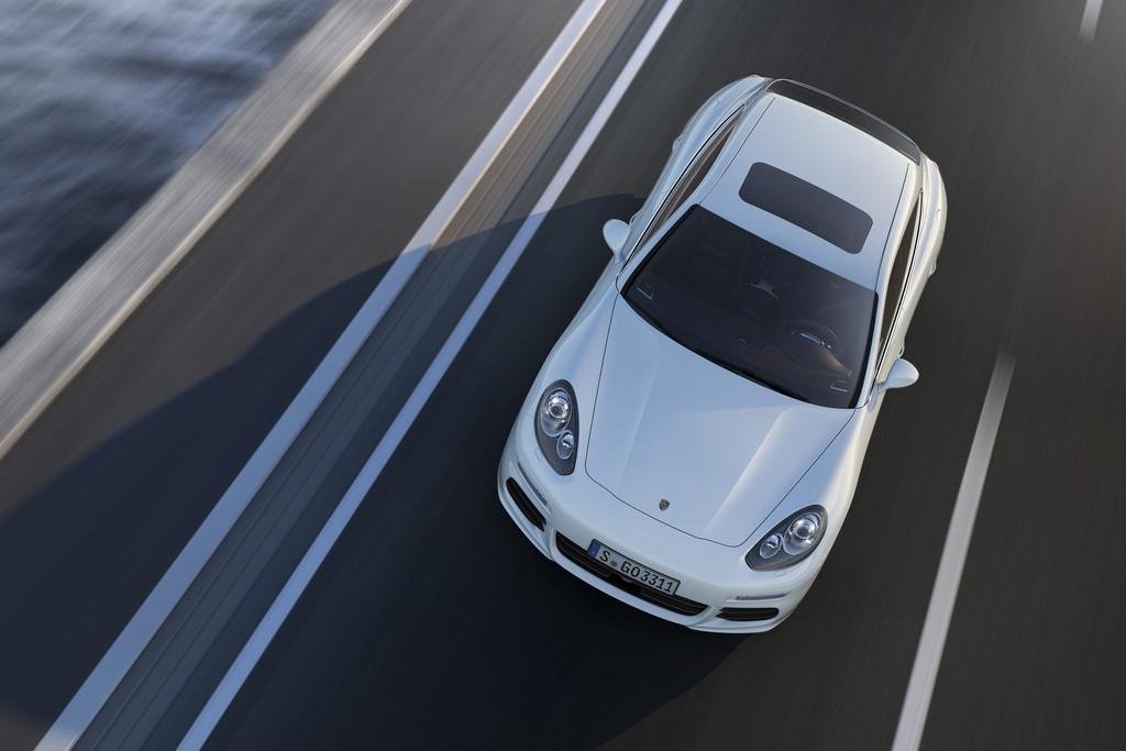 Fahrbericht Porsche Panamera E-Hybrid: Klasse mit Stecker