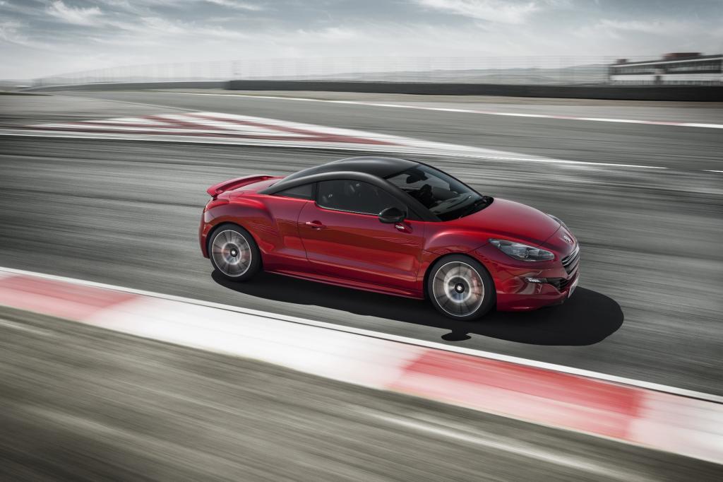 Grundpreis: 41.500 Euro. Das ist eine ganze Stange Geld, um ein –zugegeben recht schnelles – Auto zu kaufen.