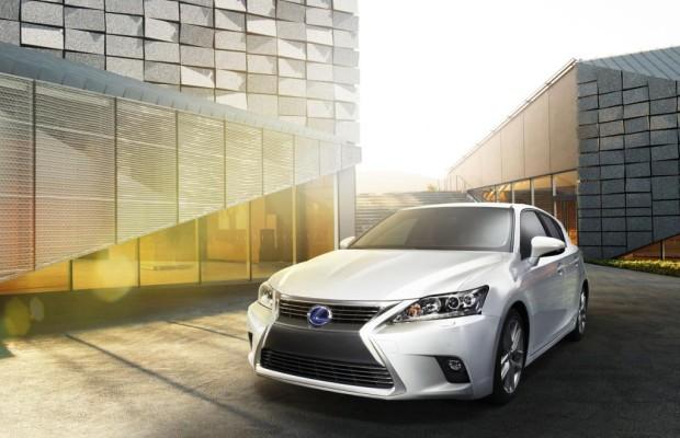 Guangzhou 2013: Lexus präsentiert modellgepflegten CT 200h