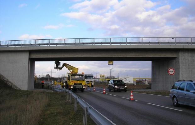 Karbonfasern sollen Brücken retten