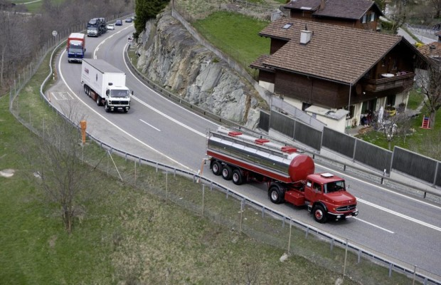 Klage gegen italienische Gefahrgut-Transportregelung