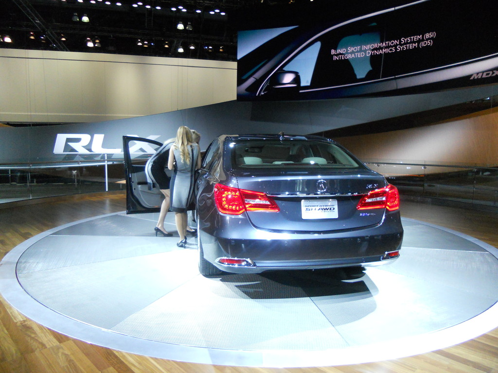 Los Angeles 2013: Acura geht technisch ein Stück weiter