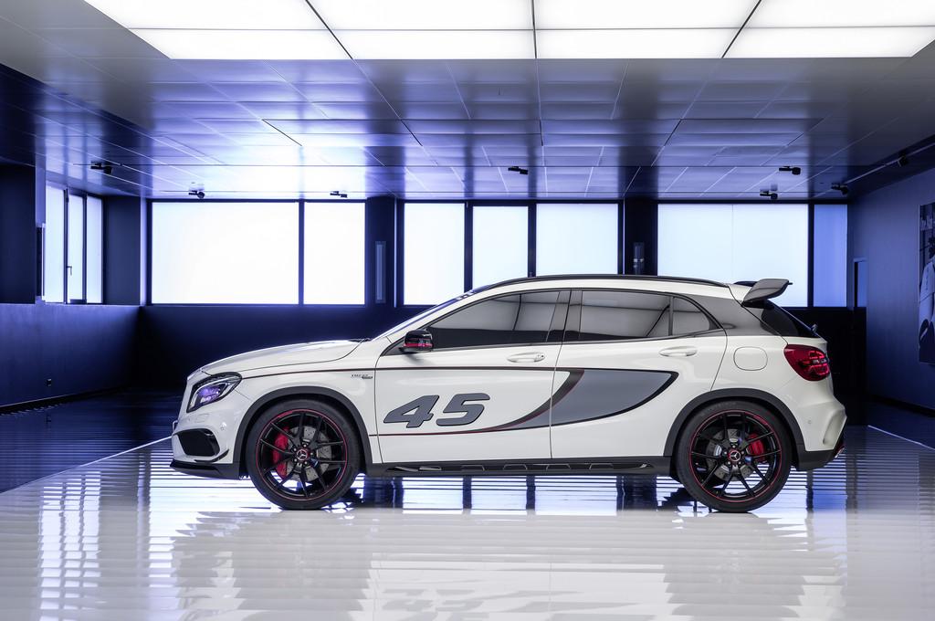 Los Angeles 2013: Concept GLA 45 AMG als Vorgeschmack