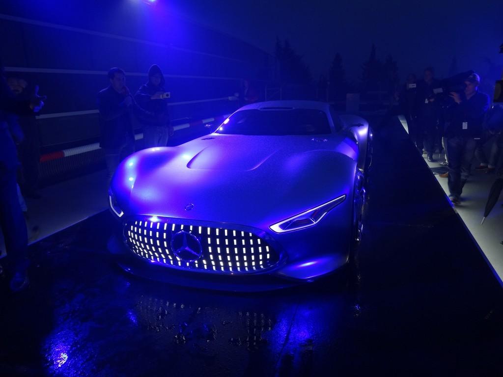 Los Angeles 2013: Mercedes-Benz bringt seine AMG-Vision ins Spiel
