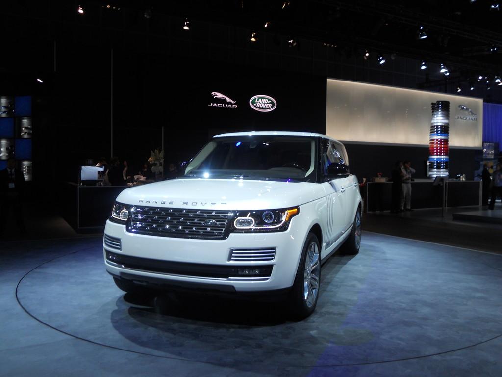 Los Angeles 2013: Range Rover trumpft mit Länge auf