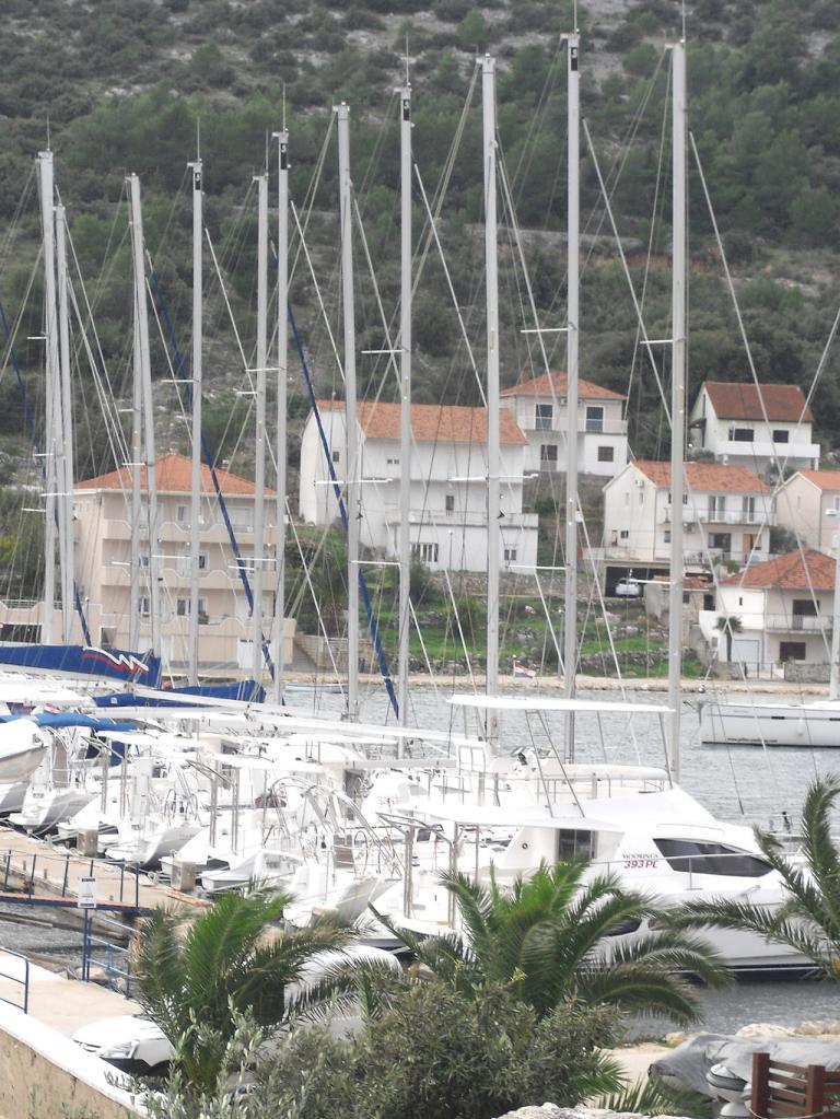 Marina zwischen Trogir und Primosten.