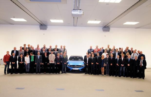 Mercedes-Benz ehrt Jubilare