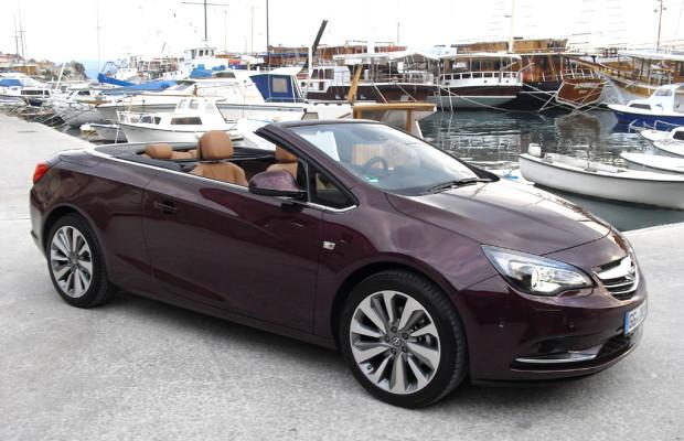 Mit Opel auf inspirierender ''Wunder''-Fahrt an der dalmatinischen Adria-Küste bei Split