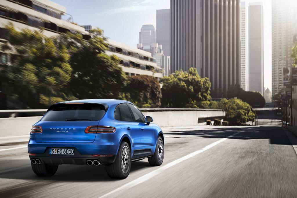 Mit dem neuen SUV Macan erweitern die Stuttgarter ihre Modellpalette nun nach unten.