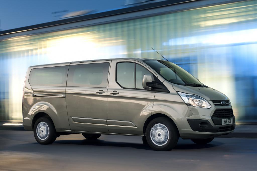 Mit der neuen Baureihe Custom hat der Kölner Autohersteller eine Lücke im Portfolio geschlossen