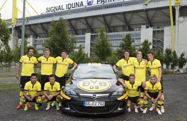 Opel mit fünf Fußballclubs erfolgreich unterwegs