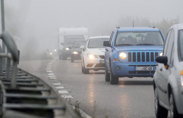 Ratgeber: Klarheit beim Fahren durch den Herbstnebel