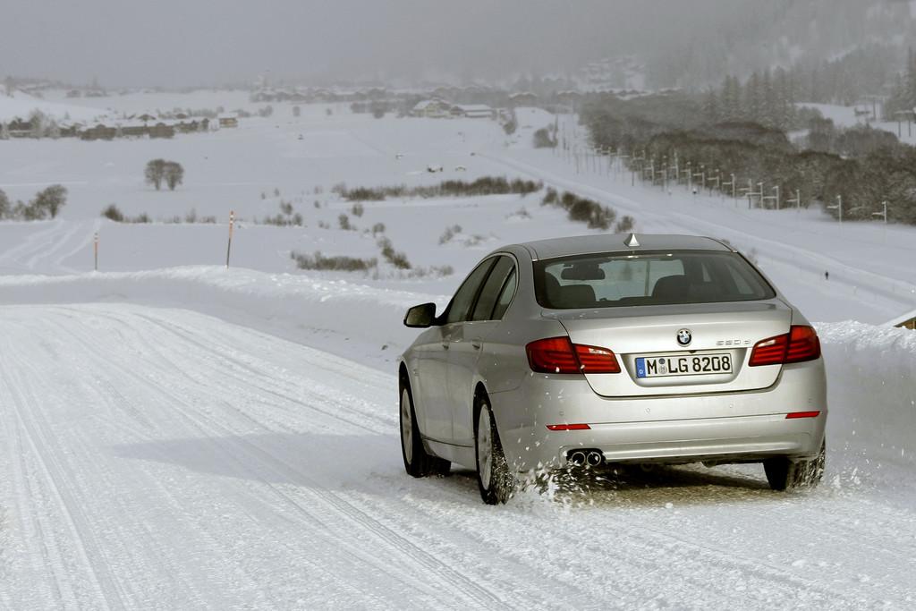 Ratgeber: Sicher ankommen im Winter