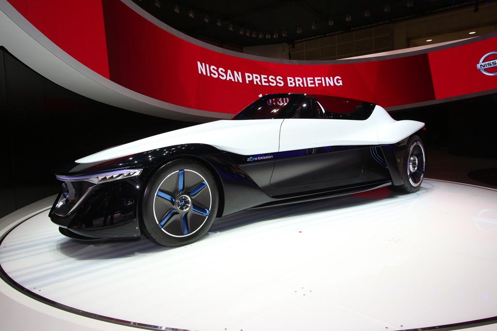Tokyo 2013: Nissans Tiefflieger