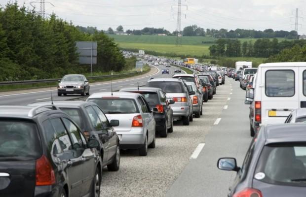 TomTom Verkehrs-Index - Auto an Auto in Stuttgart