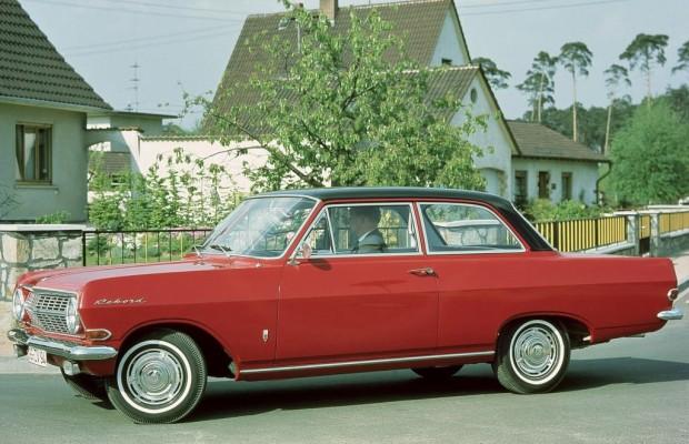 Tradition: 50 Jahre Opel Rekord A/B - Schrumpf-Straßenkreuzer für die bürgerliche Mitte