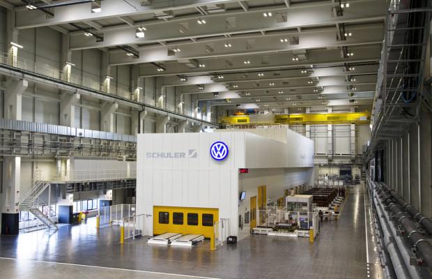Volkswagen eröffnet Presswerk in Bratislava