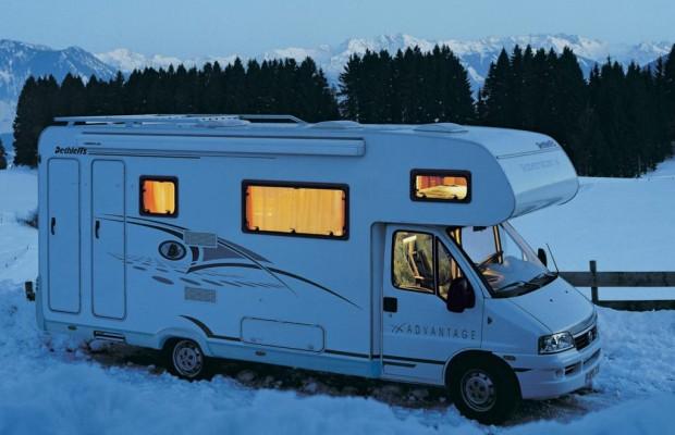 Winter-Campers Spaß mit Reisemobil und Caravan