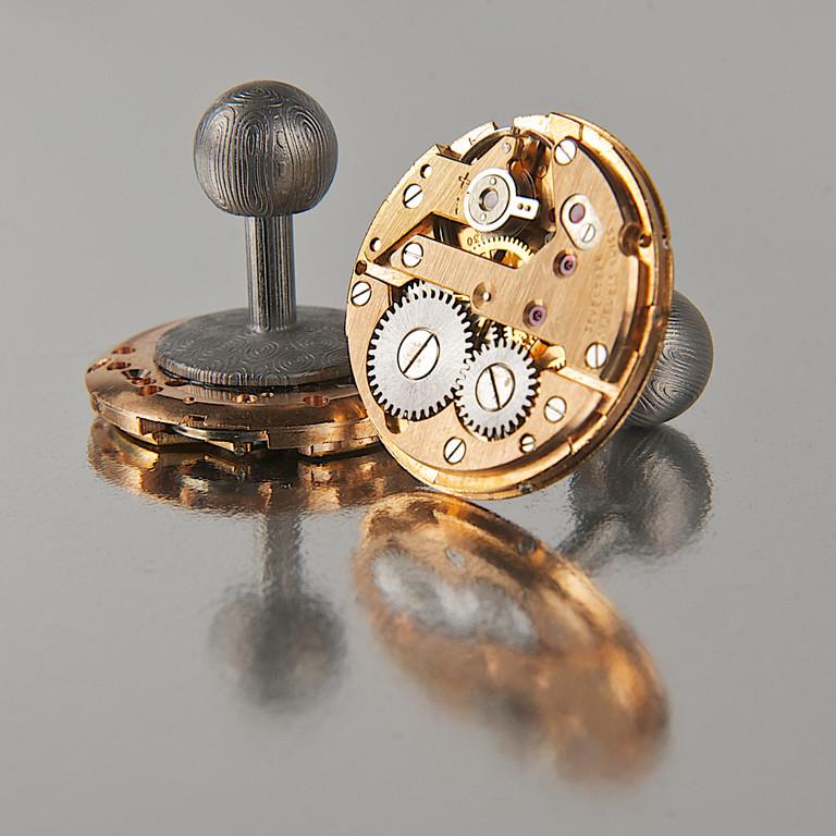 Zu Weihnachten zwei klassische Uhrwerke für die Handgelenke