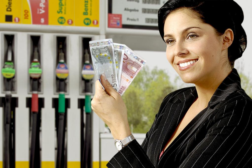 2013: Benzin und Diesel unterm 2012er-Preis