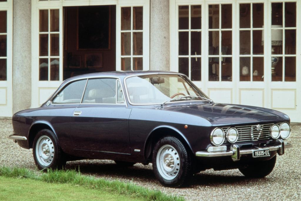 Alfa Romeo Giulia Coupe 2000 Veloce Bertone Faceliftversion