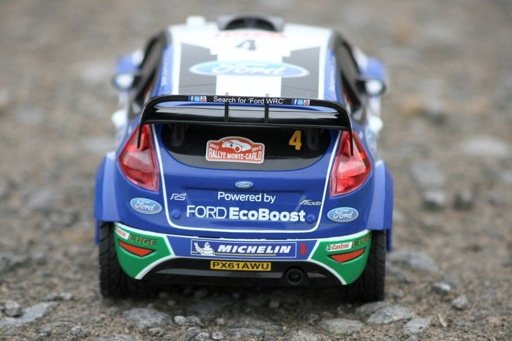 Ausprobiert: Ford Fiesta RS WRC von Carrera RC