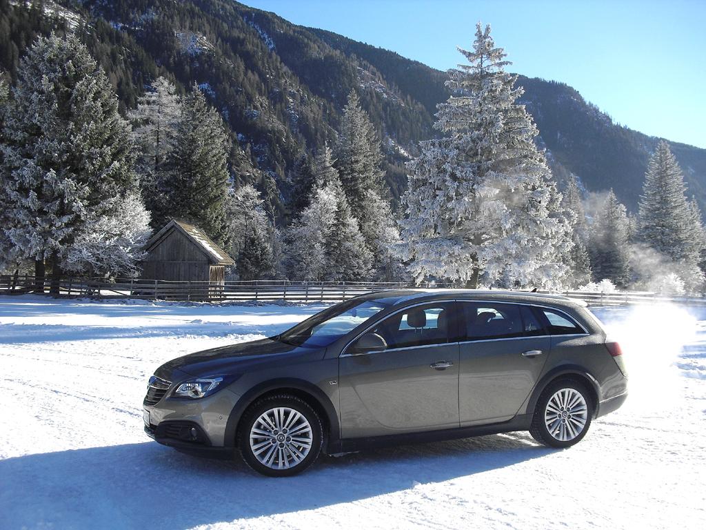 Ausschließlich mit Allrad: Opels neuer Country Tourer.