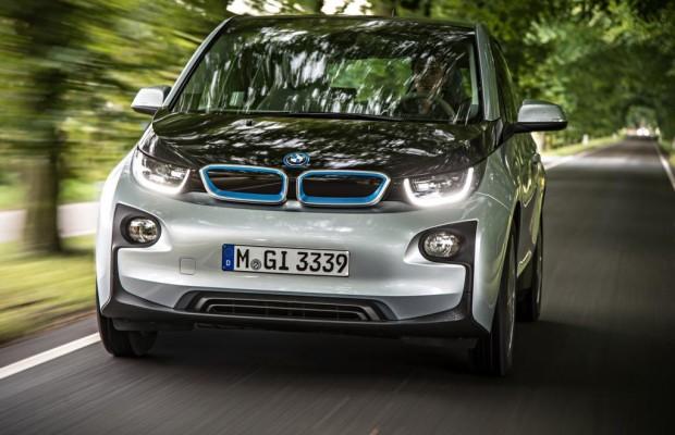 BMW i3: Wer least, muss leiden
