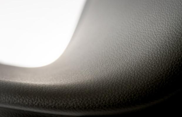 Conti-Tech bietet neue Softoberfläche für den Innenraum
