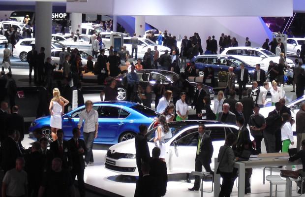 Das Autojahr 2013: Pkw-Weltmarkt bleibt weiter auf Wachstumskurs