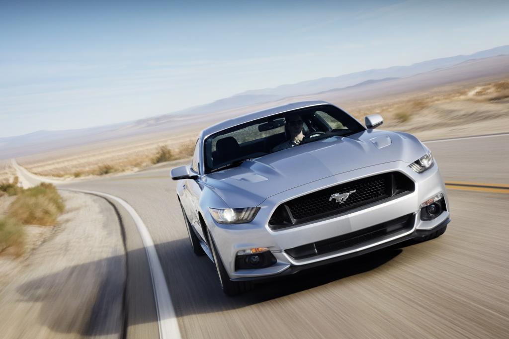Den Kult-Sportwagen Mustang verkauft Ford zum ersten Mal seit seiner Premiere 1964 in der sechsten Generation auch auf dem alten Kontinent
