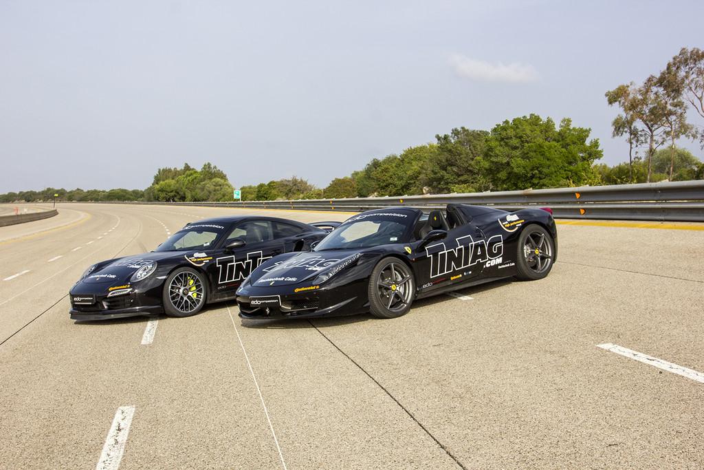 Die Autos von Edo Competition: Dieses Mal waren es ein Ferrari 458 Spider und ein Porsche 991 Turbo S, die es auf Top-Speeds von 325,5 km/h und 326,7 km/h brachten.