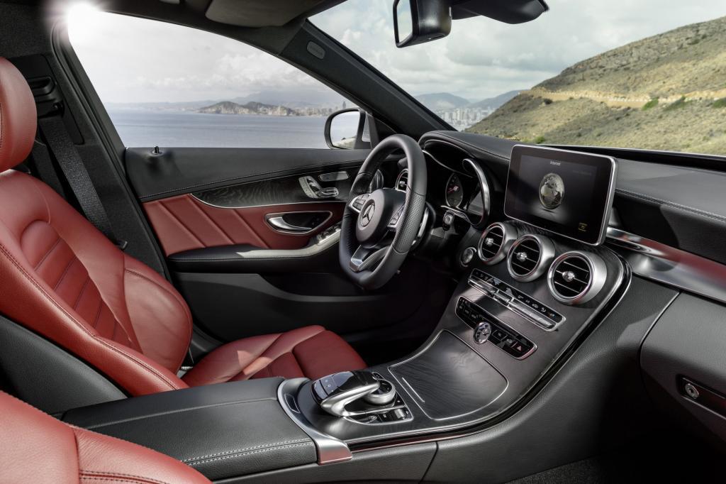 Die Designer haben sich die Architektur der Mercedes-Sportwagen zum Vorbild genommen – ein zeitloses, hochwertiges Interieur ist dabei herausgekommen