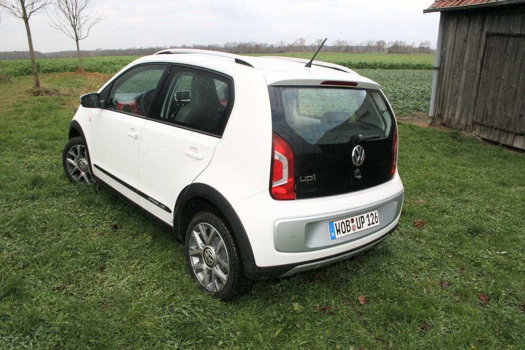 Fahrbericht Volkswagen Cross-Up: Hübsche Figur mit Preisaufschlag