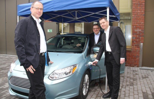 Ford stiftet Focus Electric an Hochschule
