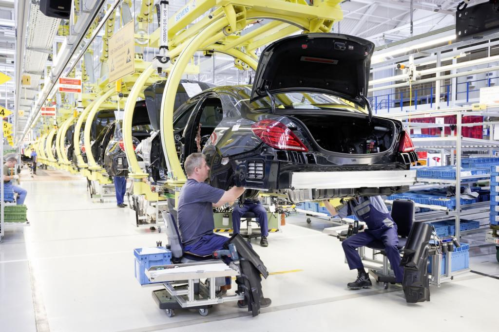 Foto © Mercedes Benz - Denn während der Automarkt in China oder den USA beispielsweise boomte, wurden im krisengeschüttelten Europa weniger Autos verkauft